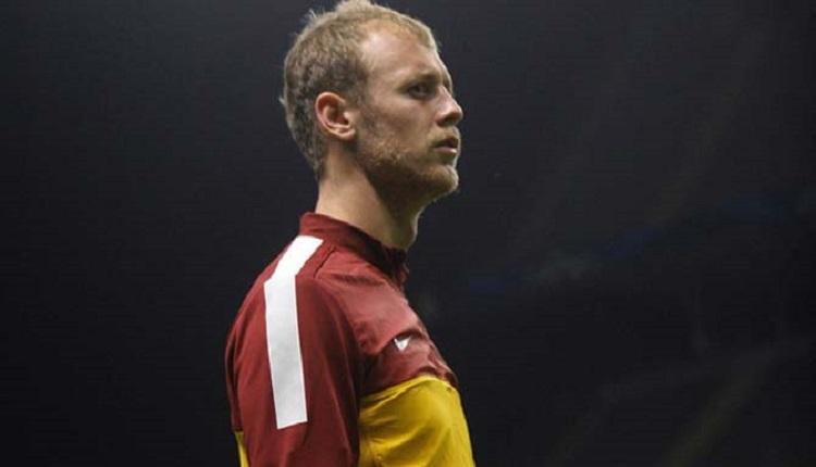 Galatasaray'dan Sparta Prag'a transfer olan Semih Kaya'dan duygusal veda!