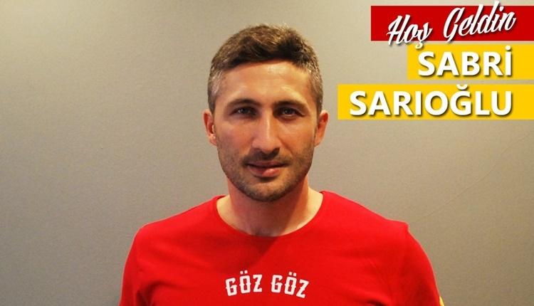 Göztepe, Sabri Sarıoğlu transferini duyurdu