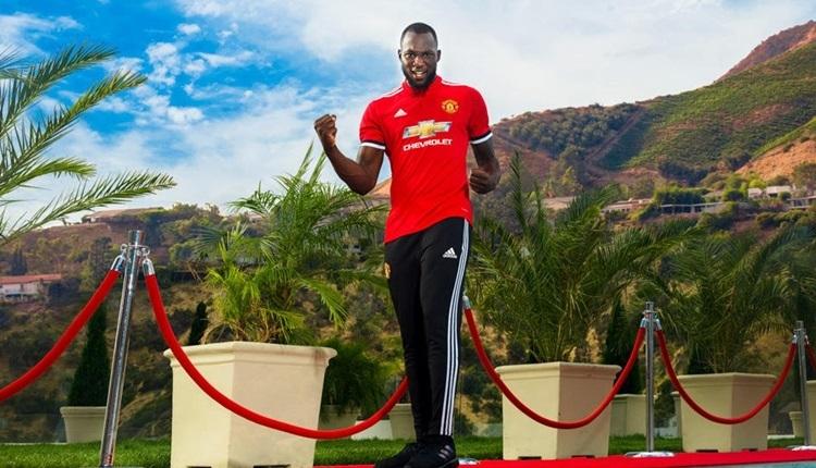 Manchester United, Romelu Lukaku ile sözleşme imzaladı