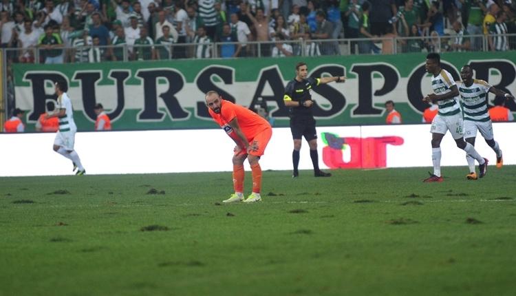 Alanyaspor'da futbolculardan Bursaspor'a zemin tepkisi