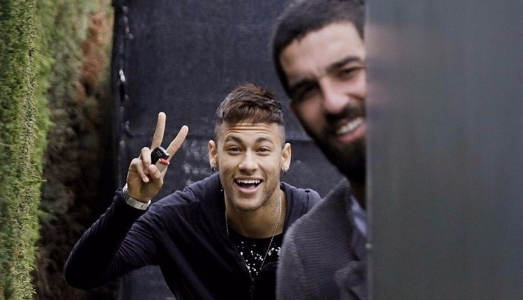 Barcelona'da Arda Turan'dan Neymar'a veda