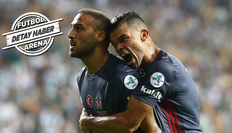 Beşiktaş'ın golcüsü Cenk Tosun maç kazandırıyor