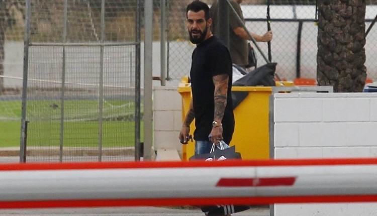 Beşiktaş'ın gözdesi Negredo tesislerden ayrıldı