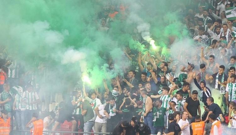 Beşiktaşlılara Konyasporlu taraftarlardan İzmir Marşı tepkisi