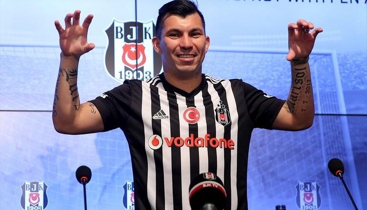 Beşiktaş'ta Medel'den Felipe Melo sözleri
