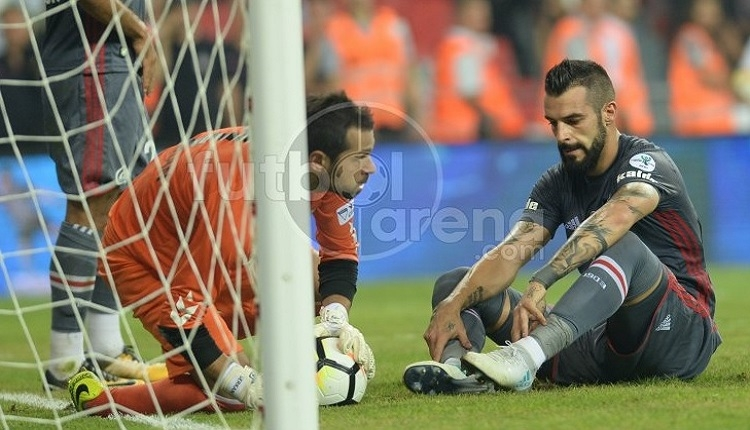 Beşiktaş'ta Negredo'nun Konyaspor maçında kaçırdığı fırsat