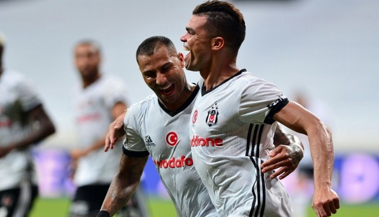 Beşiktaş'ta Pepe'den taraftarlara mesaj