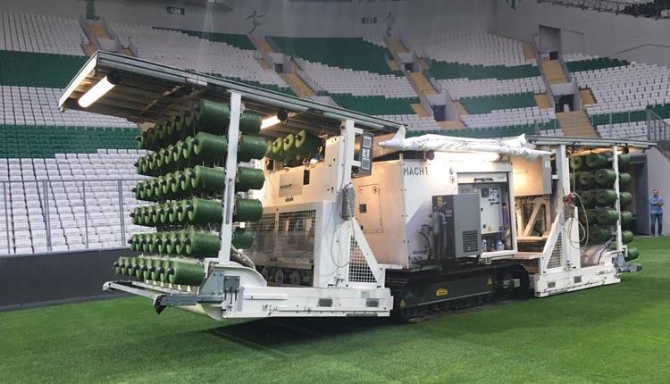 Bursaspor'un stadında hibrit çim ekimi