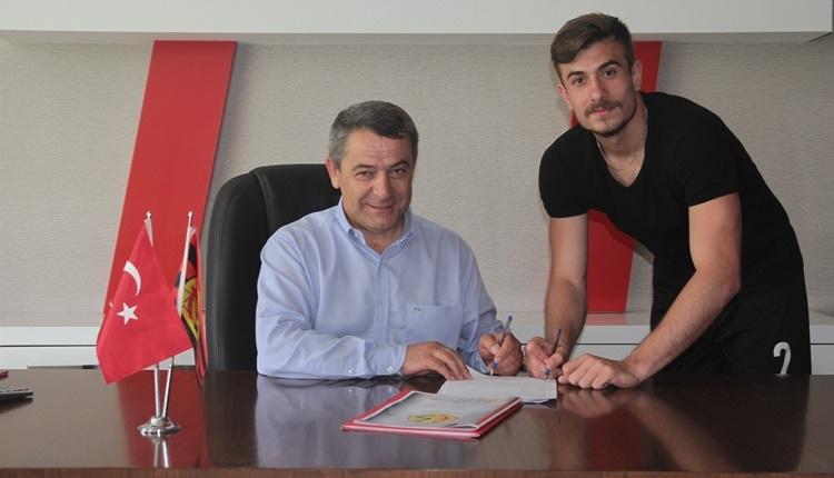 Eskişehirspor'da iç transfer Dorukhan Toköz