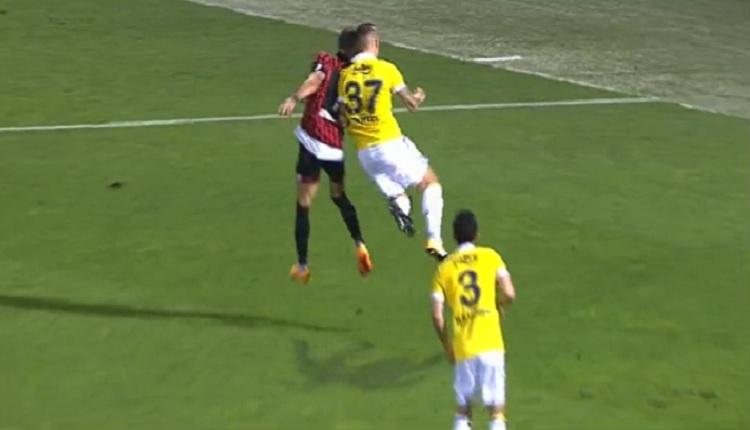 Fenerbahçe taraftarlarının isyan ettiği penaltı