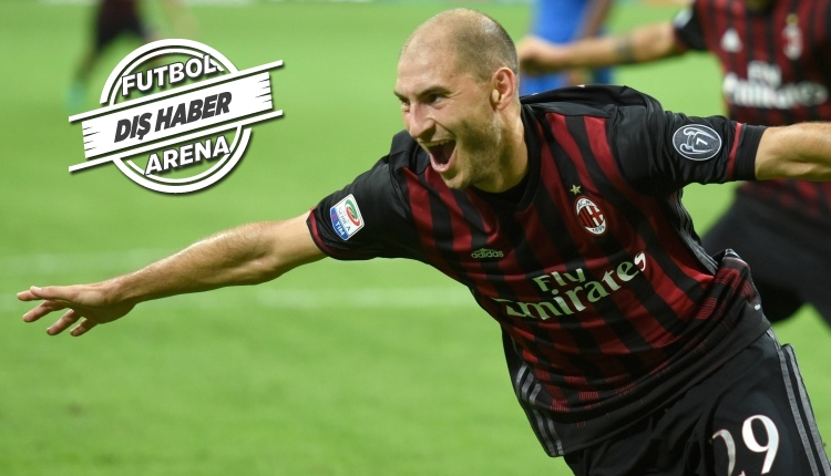 Fenerbahçe ve Trabzonspor Milan'ın savunmasına tailp