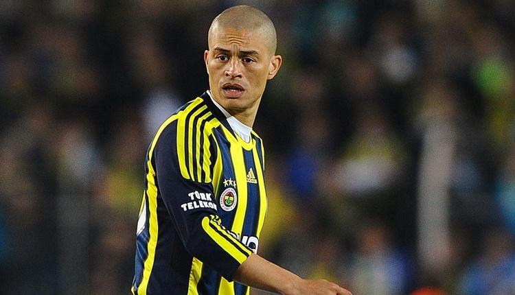 Fenerbahçe'nin istediği yıldız için Alex'ten tavsiye!