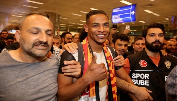Galatasaray Fernando Reges'i KAP'a bildirdi