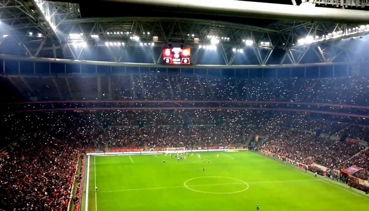Galatasaray taraftarı Sivasspor biletlerine hücum etti