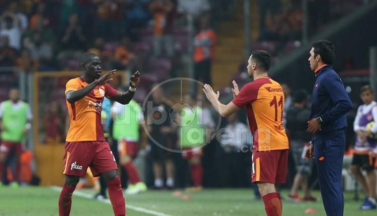 Galatasaray taraftarlarından Kayserispor maçında Sinan Gümüş'e protesto