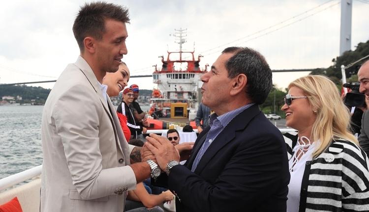 Galatasaray'a Muslera'dan şampiyonluk ve barbekü sözü