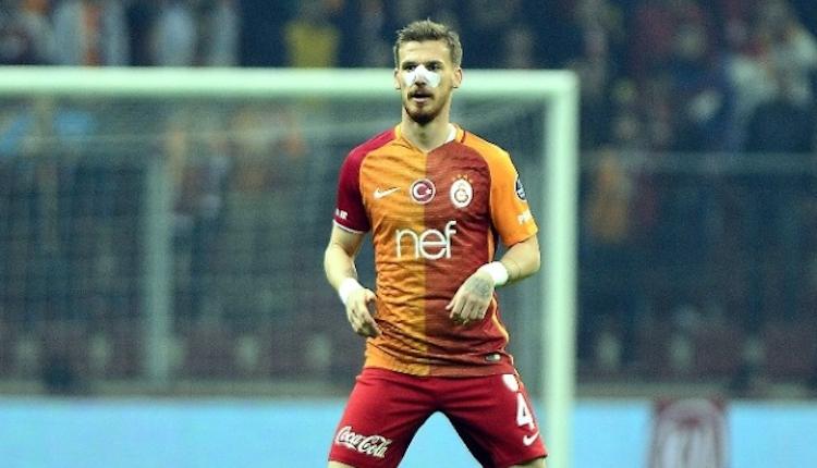 Galatasaray'da Serdar Aziz zeminin mağduru oldu