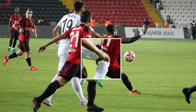 Gazişehir'in yeni transferi Adama Ba'nın kaburgası çatladı