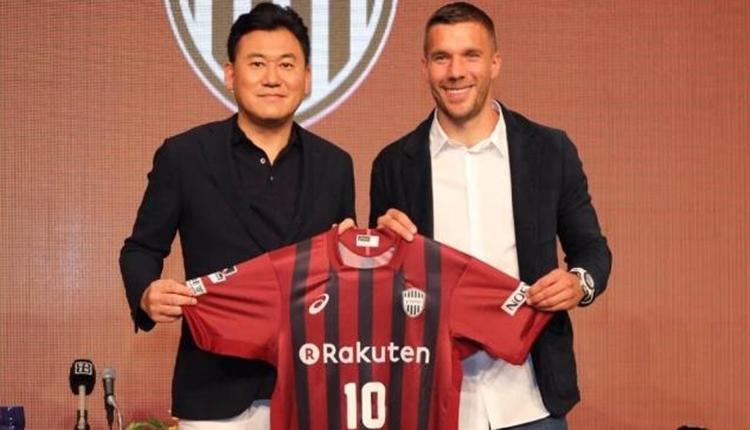 Lukas Podolski'nin 3'te 0 yapan hocası kovuldu