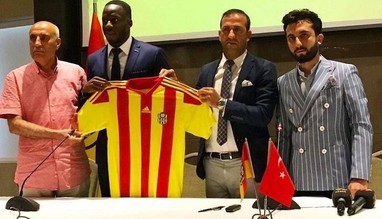Malatyaspor, Aly Cissokho ile imzaladı
