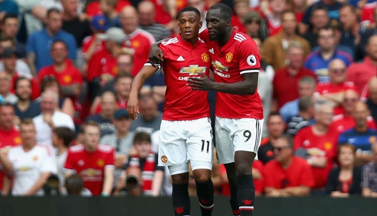 Manchester United 4-0 West Ham maçı özeti ve golleri İZLE