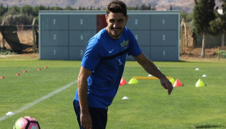 Osmanlıspor, Özer Hurmacı'yı transfer etti