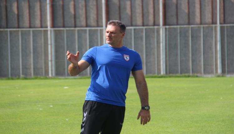 Samsunspor'da Alpay Özalan'dan yabancı oyuncu kararı