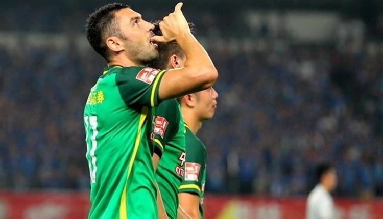 Trabzonspor'da Burak Yılmaz transferinde yanıt bekliyor
