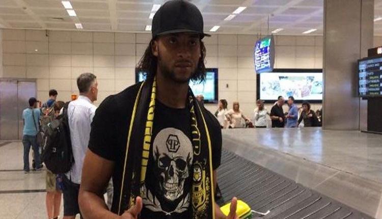 Yeni Malatyaspor, Arturo Mina'ya imzayı attırdı