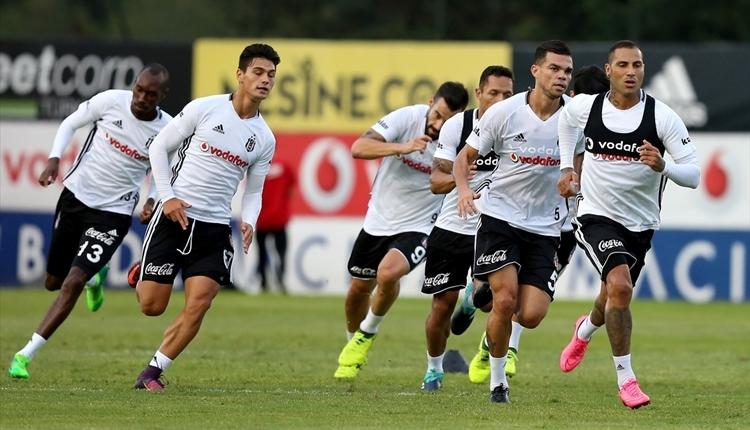 Beşiktaş'ta Adriano sevinci! Sakatlığında son durum