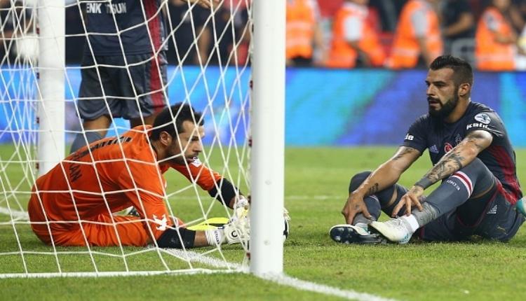 Beşiktaş'ta Şenol Güneş'ten Negredo ve Lens'e uyarı