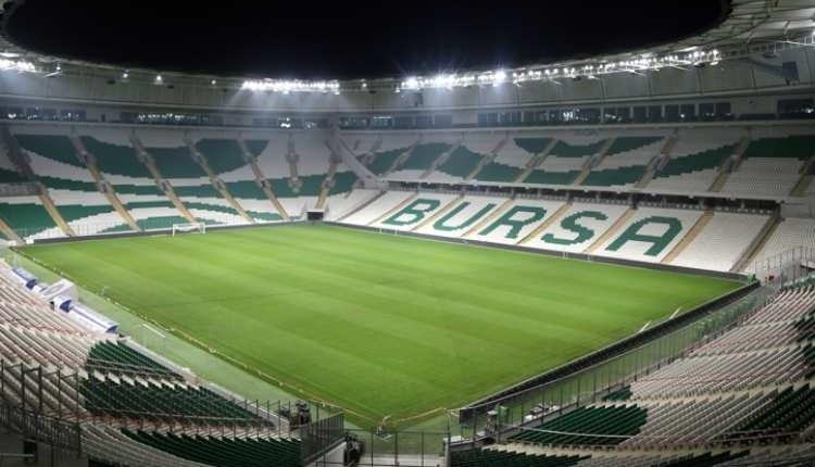 Bursaspor - Galatasaray maçına kaçak giriş tespit edildi