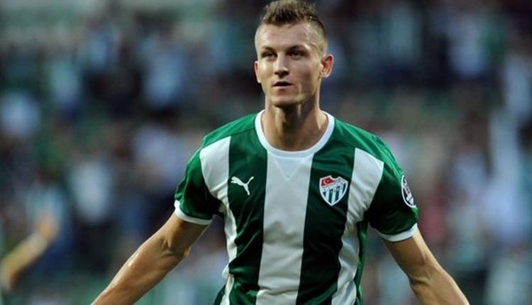 Bursaspor Tomas Necid'i kiralık yolladı