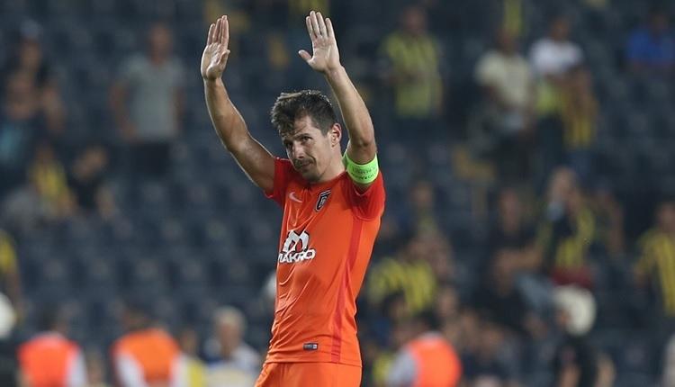 Fenerbahçe - Başakşehir maç sonu Emre Belözoğlu'ndan önemli mesaj