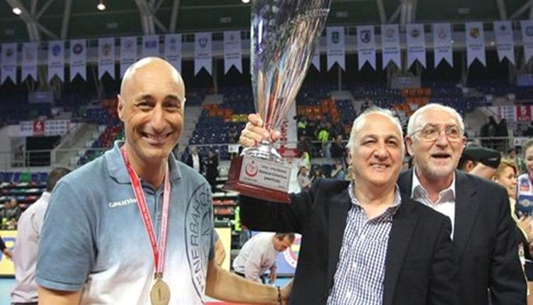 Fenerbahçe Başkanı Aziz Yıldırım'dan Hakan Dinçay mesajı