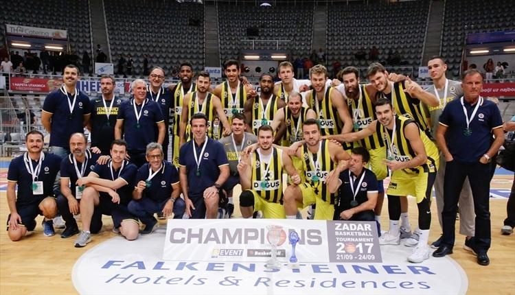 Fenerbahçe Doğuş, Zadar'da şampiyon oldu