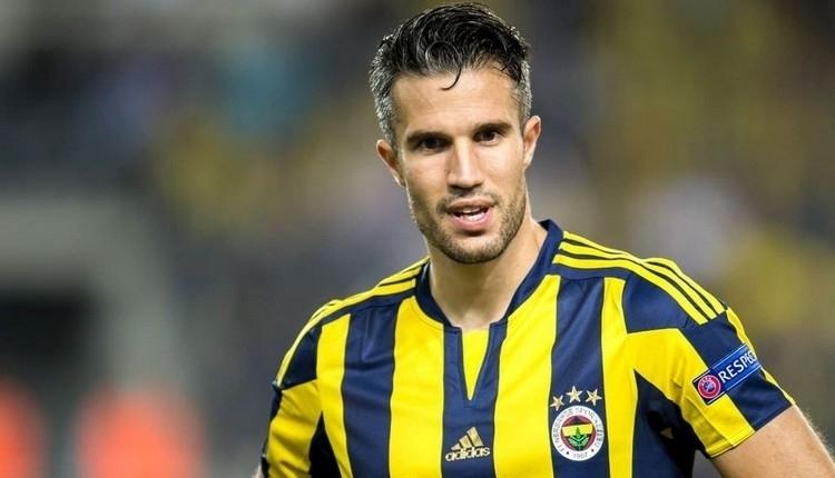 Fenerbahçe, Robin van Persie'yi TFF'ye bildirmeyecek