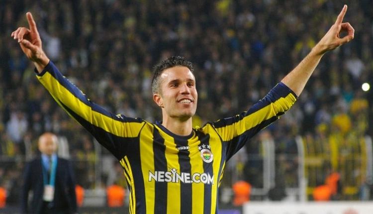 Fenerbahçe'de Aykut Kocaman, Robin van Perise'yi sildi