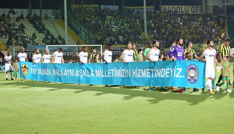 Fenerbahçe'de Kameni'nin formasında ilginç detay!