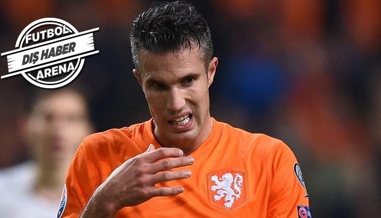 Fenerbahçeli Van Persie Fransa - Hollanda maçında bu kez dizinden sakatlandı