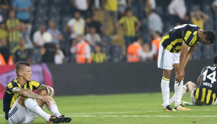 Fenerbahçe'nin Başakşehir yenilgisi tarihe geçti! Kerim Frei'in golü