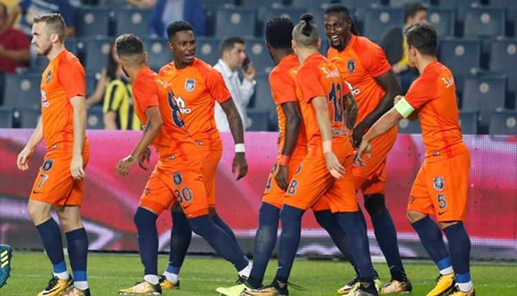 Fenerbahçe'nin Emmanuel Adebayor kabusu hortladı