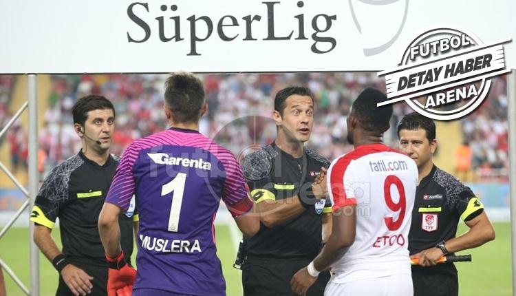 Galatasaray'da Fernando Muslera, Eto'o'yu yine çalımladı