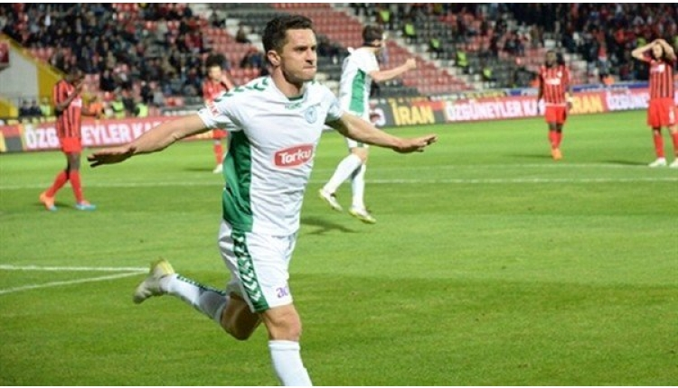 Konyasporlu Rangelov, Ümraniyespor'a transfer oldu