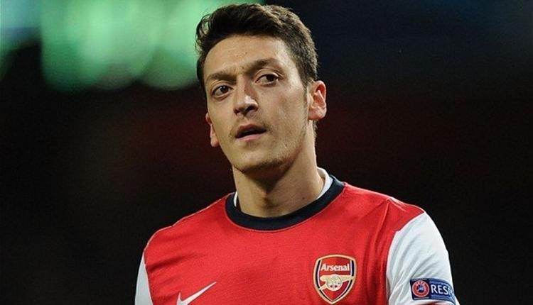 Mesut Özil'den olay sözler: 'Çenenizi kapatın'