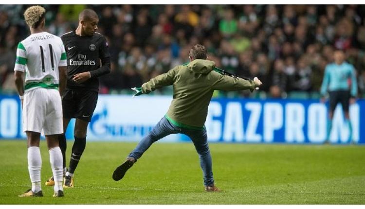 PSG'de Kylian Mbappe'ye saldırı!