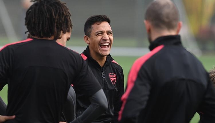 PSG'den Alexis Sanchez'e çılgın transfer teklifi