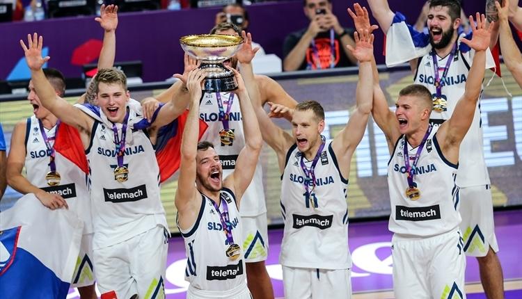 Slovenya'dan Eurobasket 2017'de tarihi şampiyonluk
