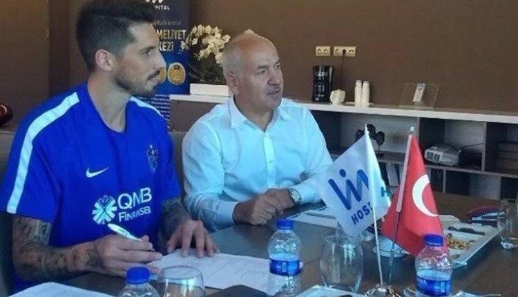 Trabzonspor, Jose Sosa ile sözleşme imzaladı