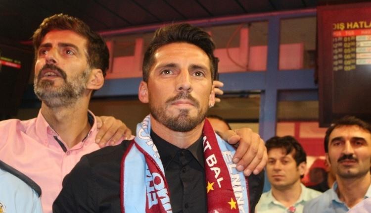 Trabzonspor'un yeni transferleri Sosa ve Volkan Şen'e çılgın karşılama! İlk sözler...